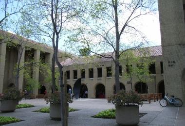 公立C大学様